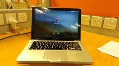 Apple Macbook Pro 13 inch-Mid 2010