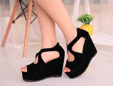 NYX7480H New Slope Back Zip Suede Wedges