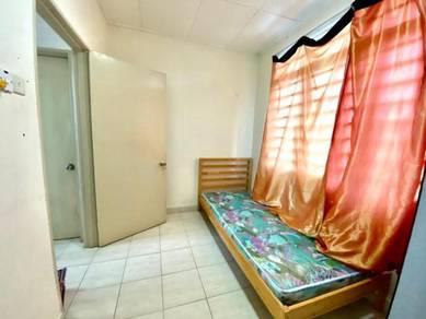 50% off: rent room, single, Oug Parklane, Puchong, LRT, Old Klang Road