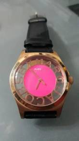 Ladies watch marc jacobs
