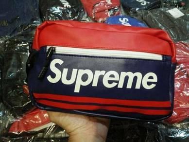 Supreme sling beg