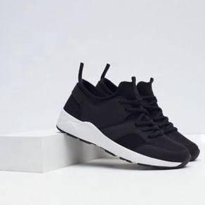 Zara premium sneakers/shoes