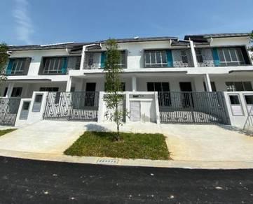 NEW Double Storey Terrace Serenia Amani, Bandar Serenia, Dengkil
