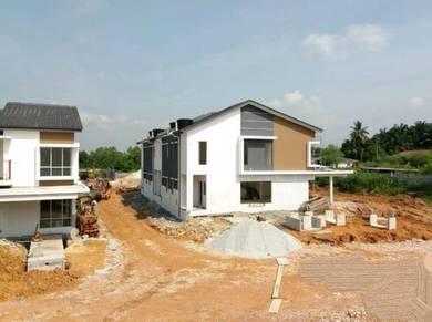 Cyberjaya , Dengkil , Putrajaya , 2 sty Terrace House Corner Unit