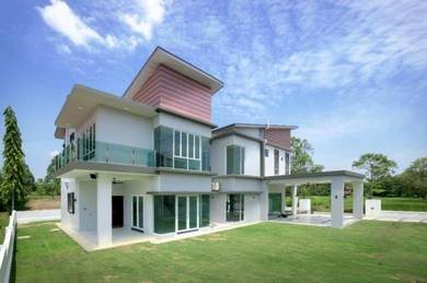 Double Storey Bungalow Exclusive And Luxurious Country Heights Jitra