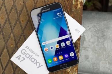 Samsung A7 2017 Sme