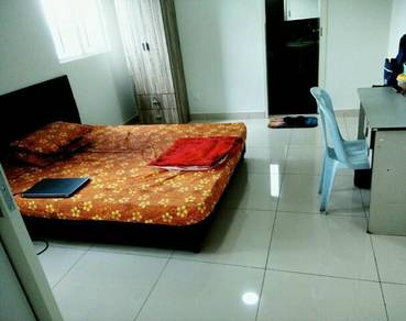 Maxim Residences( Master room), Alam damai, Cheras