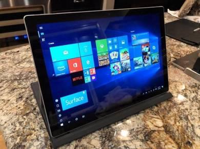 Microsoft Surface Pro 2017 12.3in Intel Core i7