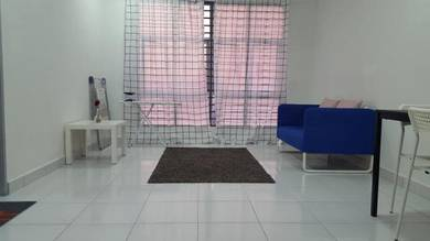 Medium Room For Rent Next To LRT Taman Melati (Muslimah Only)