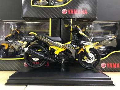 Yamaha Y15ZR diecast 1:12