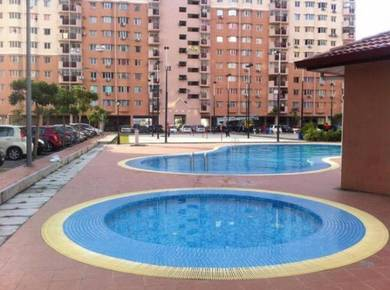 BEST DEAL Pangsapuri Damai Apartment - Reno 4 rooms, Fully furnished