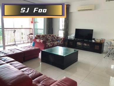 Platino 2460sqft 3+1 room good for ownstay Renovated Good environment