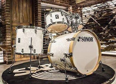Sonor AQ2 5 pieces White Pearl Stage Drum Set