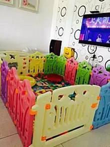 Playard playground playpen e