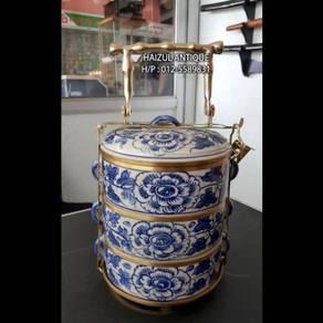 Porcelain Tiffin Carrier No. 11 (Flower Motif)