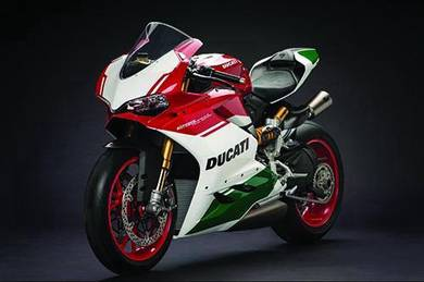 Ducati panigale v4 poster