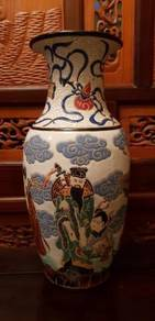 Chinese vintage 8 immortals pat sin vase SLG