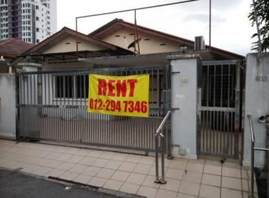 Single Storey Landed Property at Kampung Baru Ampang, with 16 rooms (b