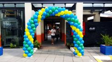 Opening Balloon Entrance 00558