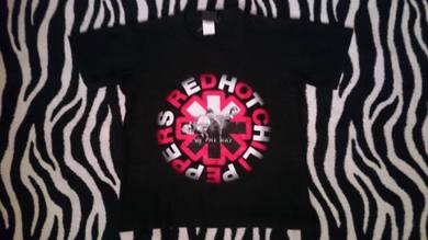 Red hot chili peppers tshirt M
