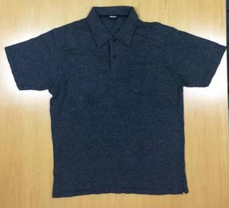 Uniqlo Grey Collar Tee #42 Used