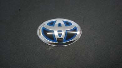 Toyota Steering Logo Hybrid Red Black