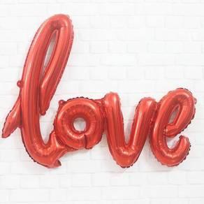 Red balloon LOVE party birthday anniversary
