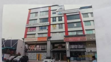 Corner 6 stry shop Jln Metro Pudu Fraser Business Park Loke Yew K.L