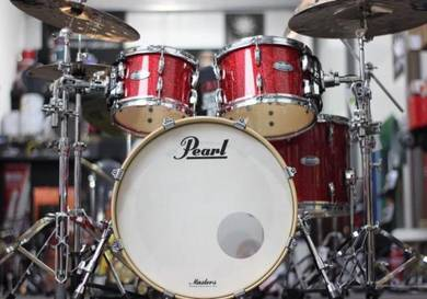 Pearl Masters Maple Complete Drum Kit