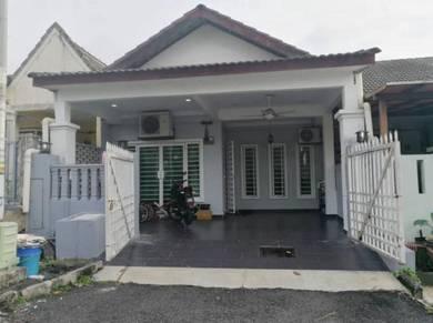 Renovated single storey , bandar tun hussein onn, cheras selangor