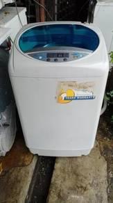 Mesin basuh terpakai 7.0 kg automatik deawoo