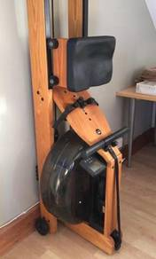 WaterRower Wooden Rowing Machine in Good Condition