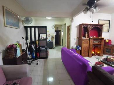 Double Storey Jalan Johar / Desa Cemerlang / Full Loan with cash out