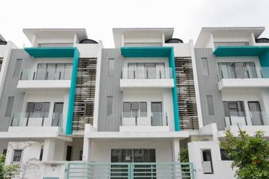 24x70 Rumah 2.5 Sty Kajang Cash Back 15K 0 Cost 0 Downpayment