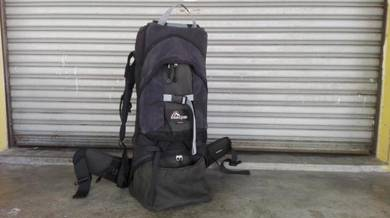 Macpac Vamoose -Camping Child Baby Carrier