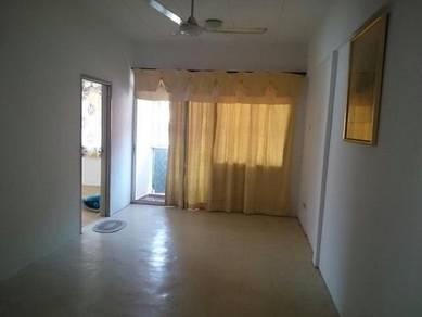 Shop apartment at tampoi indah 2