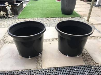 Big Plastic Pot (500mm Dia x 400mm Height)