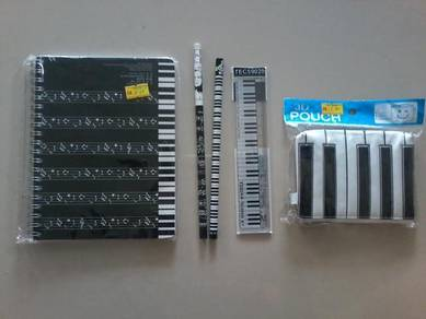 Alat-alat tulis untuk pembukaan sekolah