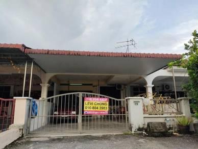 Fully Renovated and Extended1 Storey house in Jalan Indah, Taman Perak
