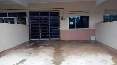 Teres 1 Tingkat di Kg Padang, Kuantan - Lot Tengah