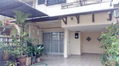 Fully Renovated Double Storey Linked House Landed