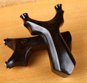 Solid Sandalwood Slingshot | Lastik Kayu Klasik