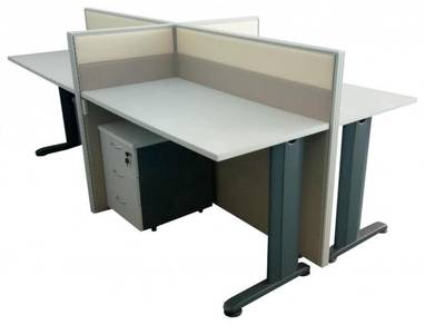 Table and cluster of 4 workstation