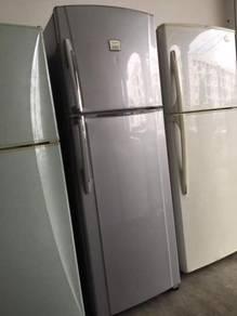 2 doors Peti Toshiba Sejuk fridge Ais Refrigerator