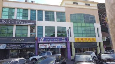 Shop lot in Miri town for rent