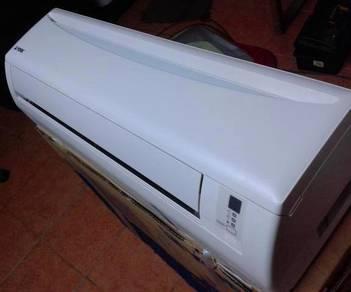 Daikin 1.5hp Aircond R410A + Installation