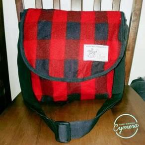 Cross Body Bag W Closet