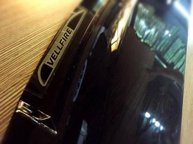 Toyota vellfire oem door visor with ( EMBLEM )