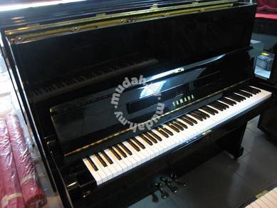 Yamaha Upright Piano U2G PE