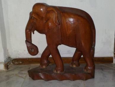 Gajah kayu antik antique wooden elephant
